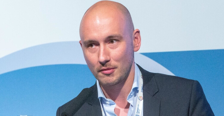 Matthias Gawlitza belongs to the ESMINT ExCom.